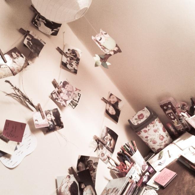 Em meu quarto.
