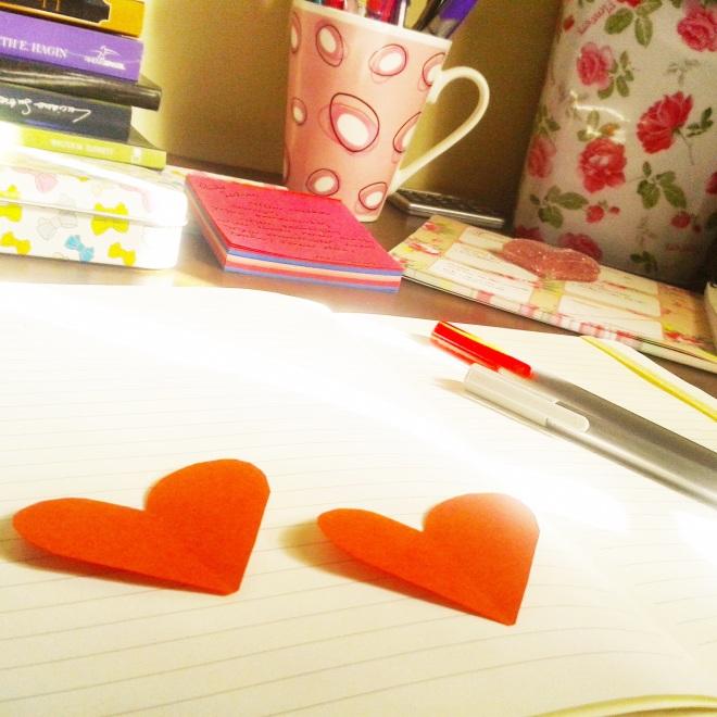 Enquanto não te vejo, te escrevo.